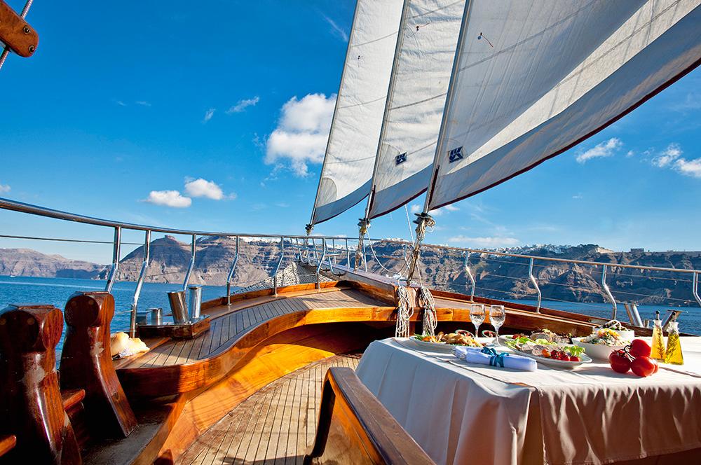 Caldera Boat Tour Santorini